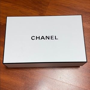 Chanel box approximately 8.5' x 5.5'